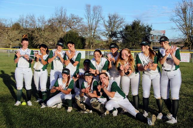 THS Softball Leading the League, 4-0